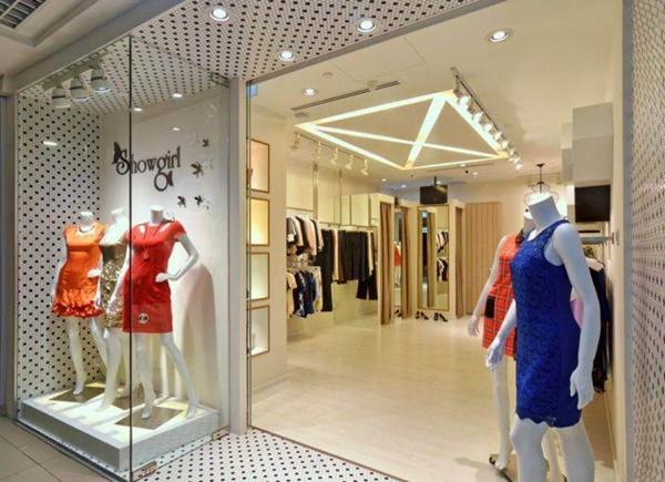 thiết kế nội thất showroom quần áo