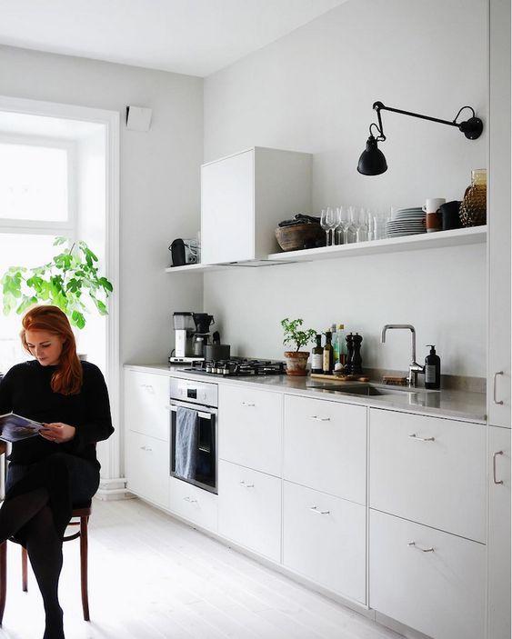 nội thất phòng bếp phong cách tối giản
